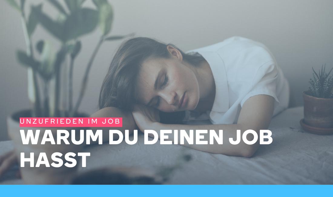 Frau ist unzufrieden im Job