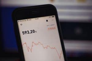 Aktie weiter zu halten, wenn deine Strategie Buy-and-Hold lautet